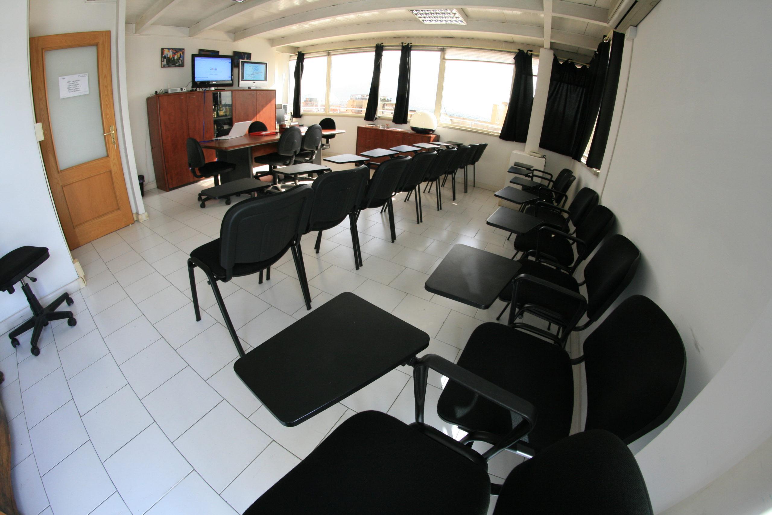 Sala riunioni meeting eventi Napoli
